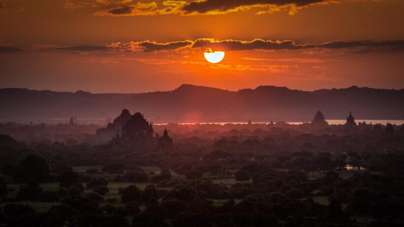 canh hoang hon dep tai Bagan Myanmar