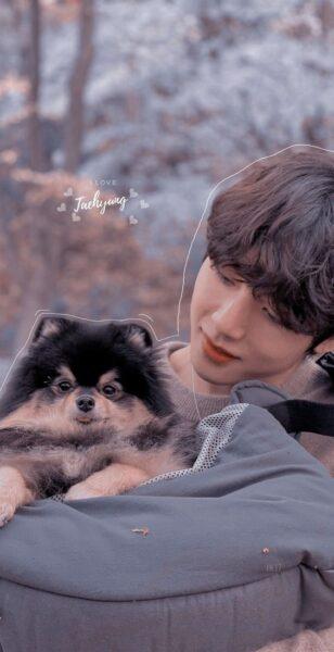 hình ảnh taehiyung bên chú cún cưng dễ thương