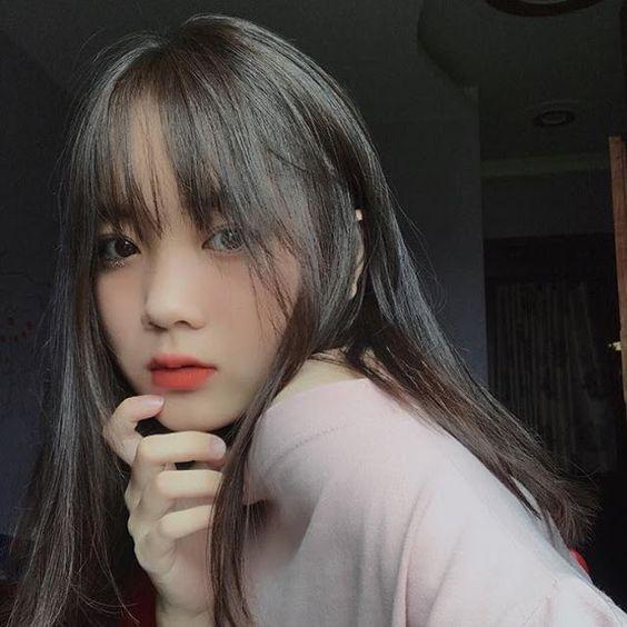 hot girl 2k4 tóc dài chụp ảnh