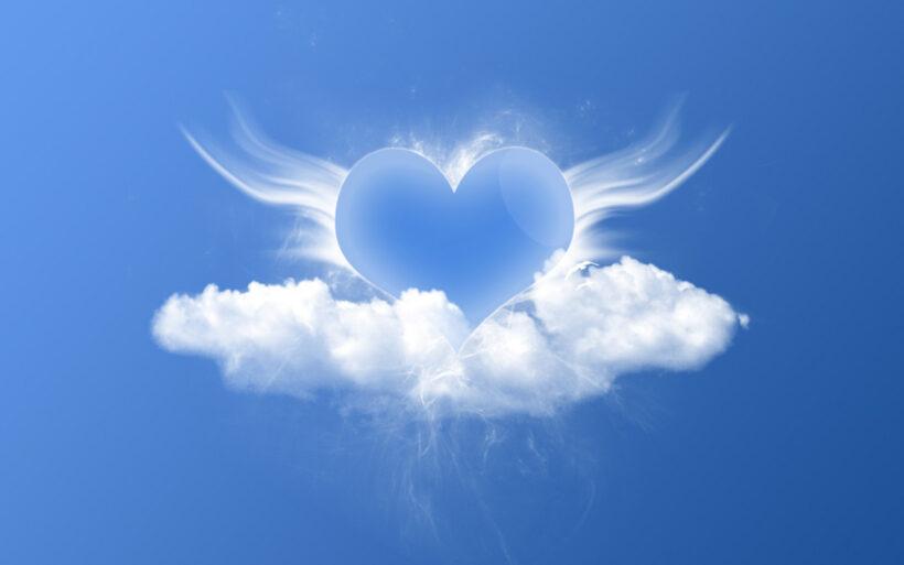 background xanh dương đám mây hình trái tim