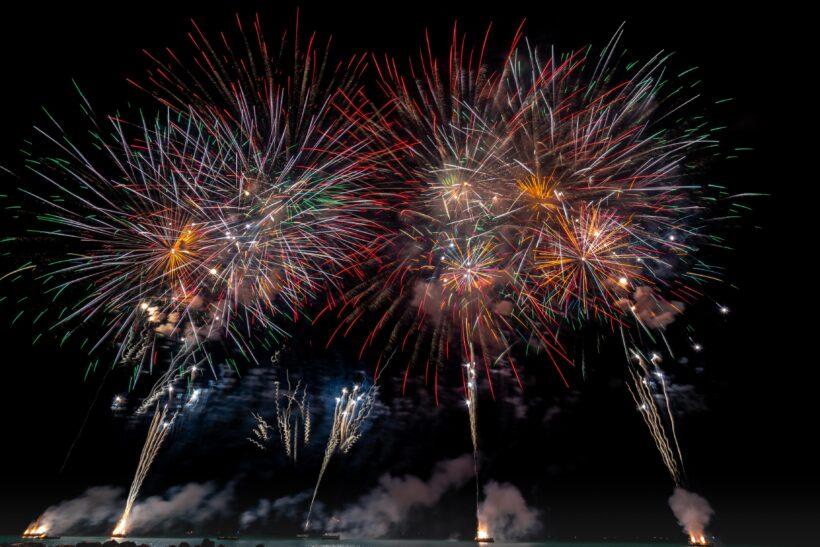 Hình ảnh pháo hoa hoành tráng