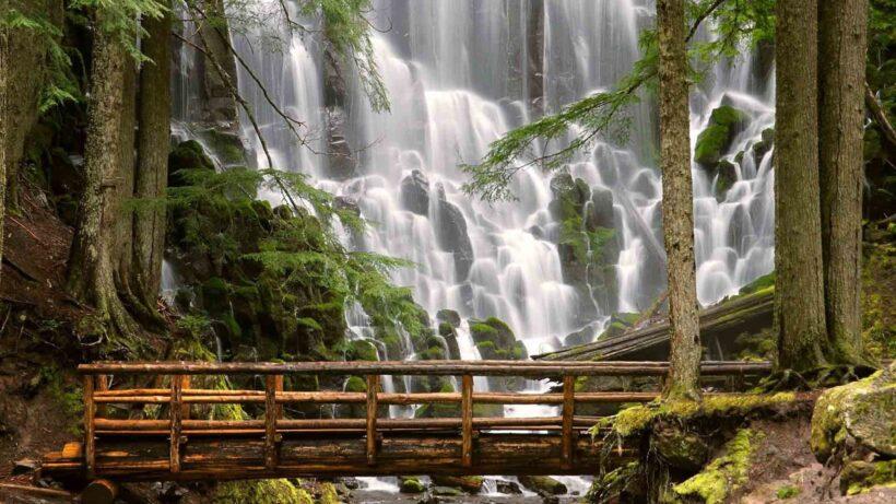 hình nền thác nước hùng vỹ nhất