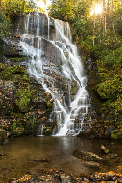 ảnh thiên nhiên buồn về thác nước