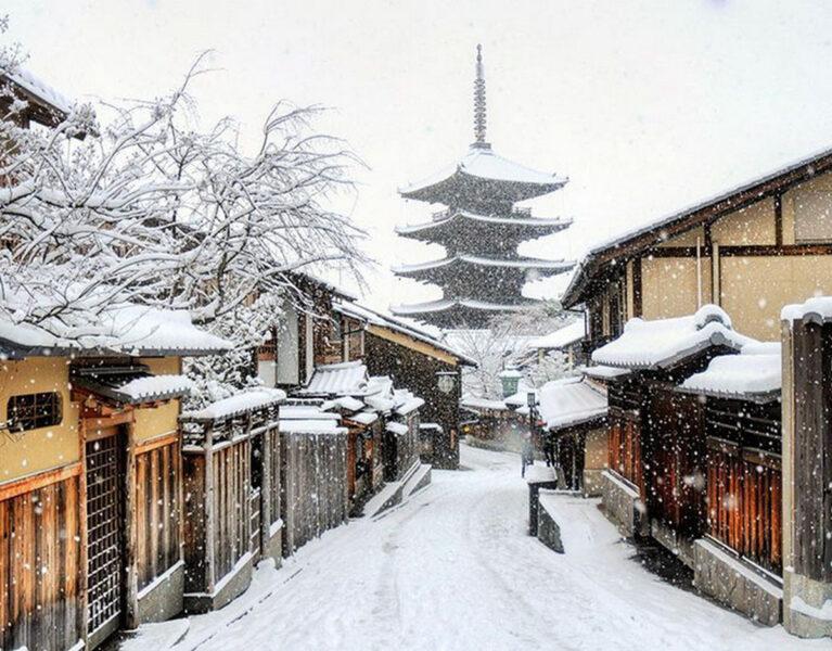 Hình ảnh tuyết rơi ở Nhật