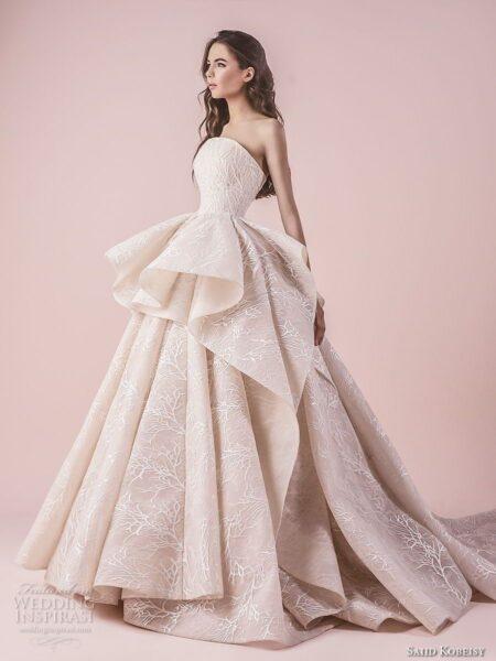 hình ảnh váy cưới trắng tinh khiết