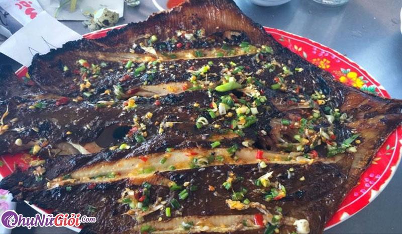 Cách làm cá đuối nướng mỡ hành