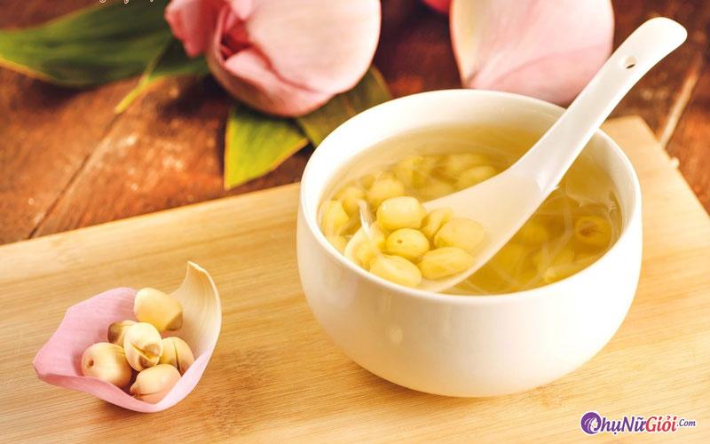 Cách nấu chè hạt sen tươi