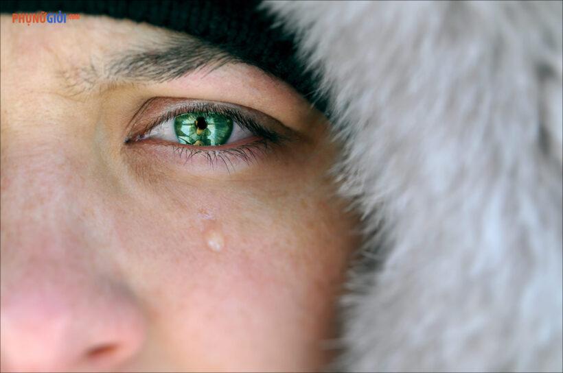 hình ảnh nước mắt rơi tuyệt đẹp
