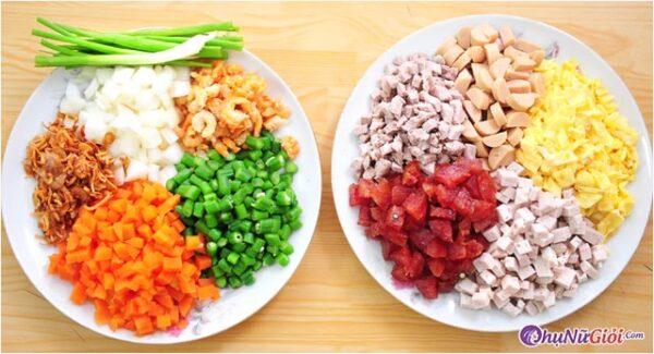 nguyên liệu cơm chiên dương châu kiểu người Hoa