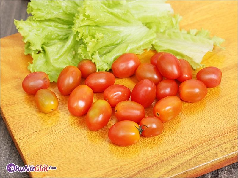 Nguyên liệu làm sinh tố cà chua với xoài