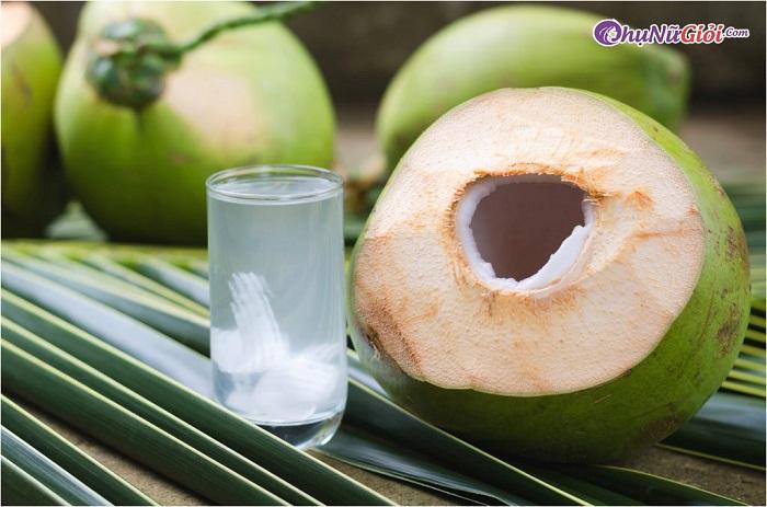 Nguyên liệu làm sinh tố rau má nước dừa