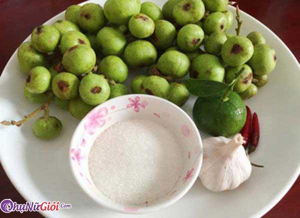 Nguyên liệu làm sung muối chua truyền thống