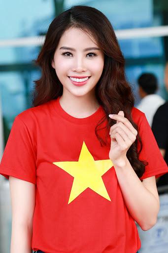 ảnh cờ đỏ sao vàng in trên áo