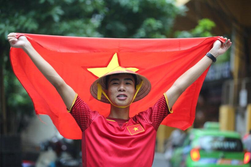 ảnh cờ đỏ sao vàng - tự hào là người việt nam