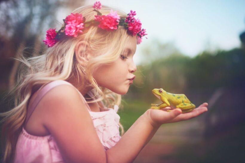 hình ảnh công chúa và hoàng tử ếch