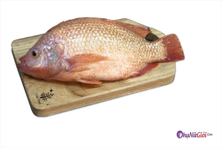 Nguyên liệu nấu cá diêu hồng với dọc mùng