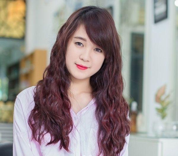 Hình ảnh tóc đẹp nữ kiểu tóc xoăn sóng