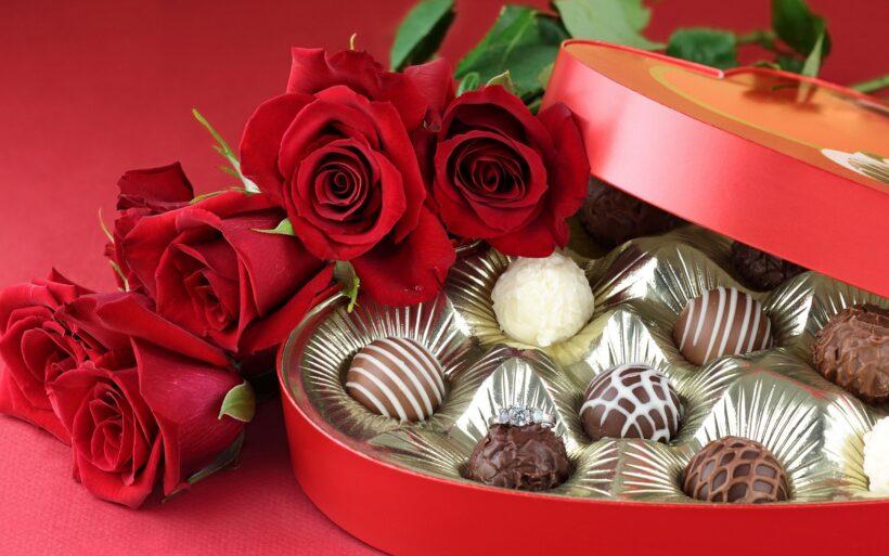 Hình ảnh socola và hoa hồng đẹp cho ngày Valentin