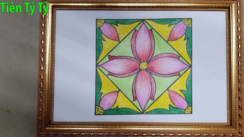 Vẽ tranh trang trí hình vuông bằng hoa Sen
